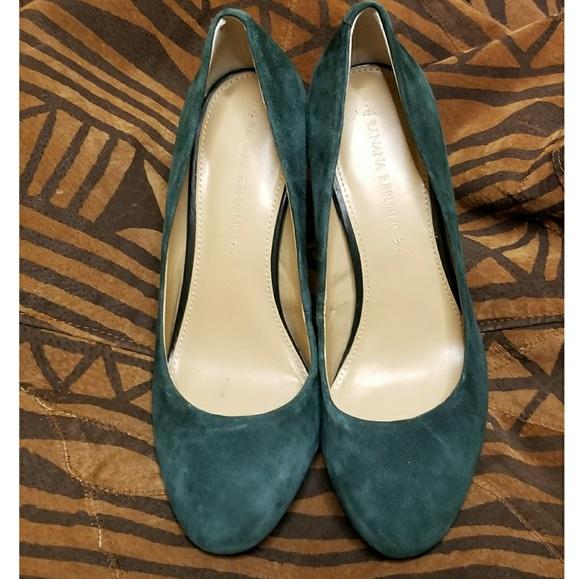 9f59b7fc9e Banana Republic Shoes | Mod Evergreen Suede Heel | Poshmark